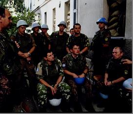 Колона українських БТР-70 у Сараєво