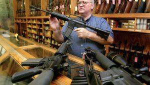 Обама хоче обмежити право на зброю