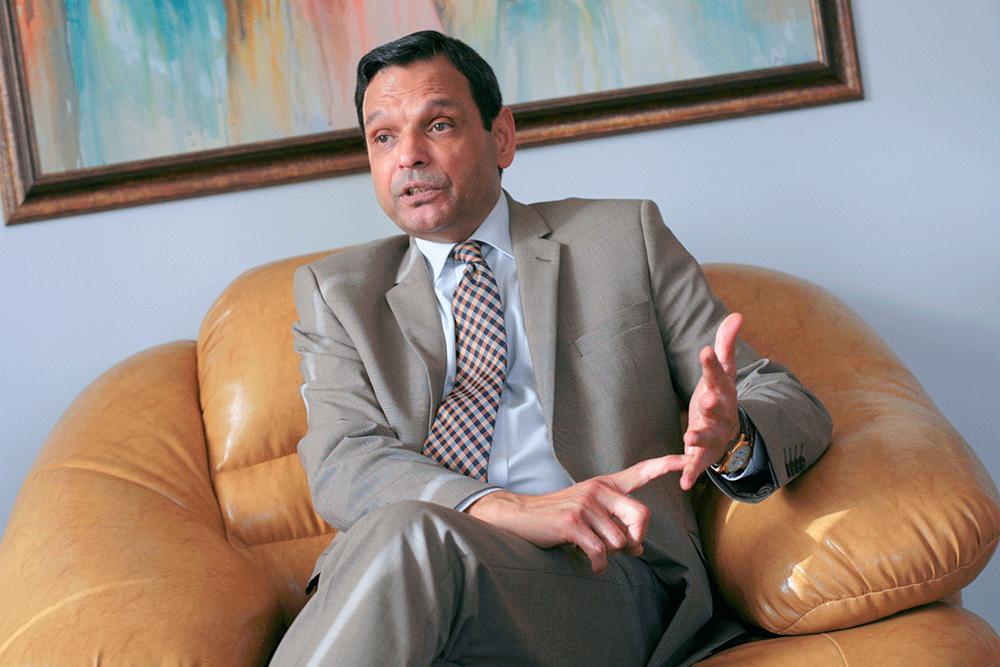 Посол Пакистану в Україні каже про підготовку до закупівель близько сотні танків