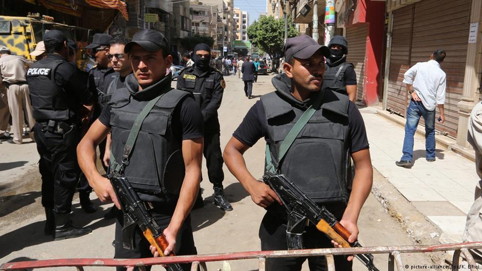 На Сінайському півострові бойовики ІД напали на конвой поліції: 18 загиблих