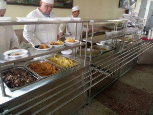 Реформа харчування: суд скасував ухвали про призупинення переходу