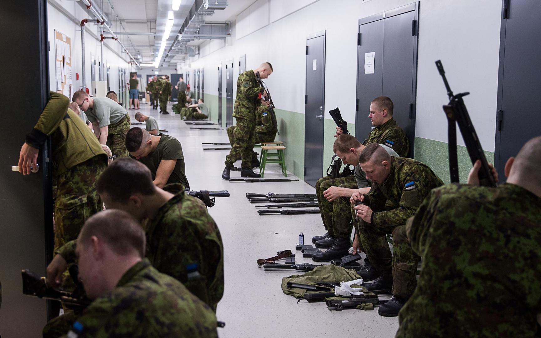 Естонські військові