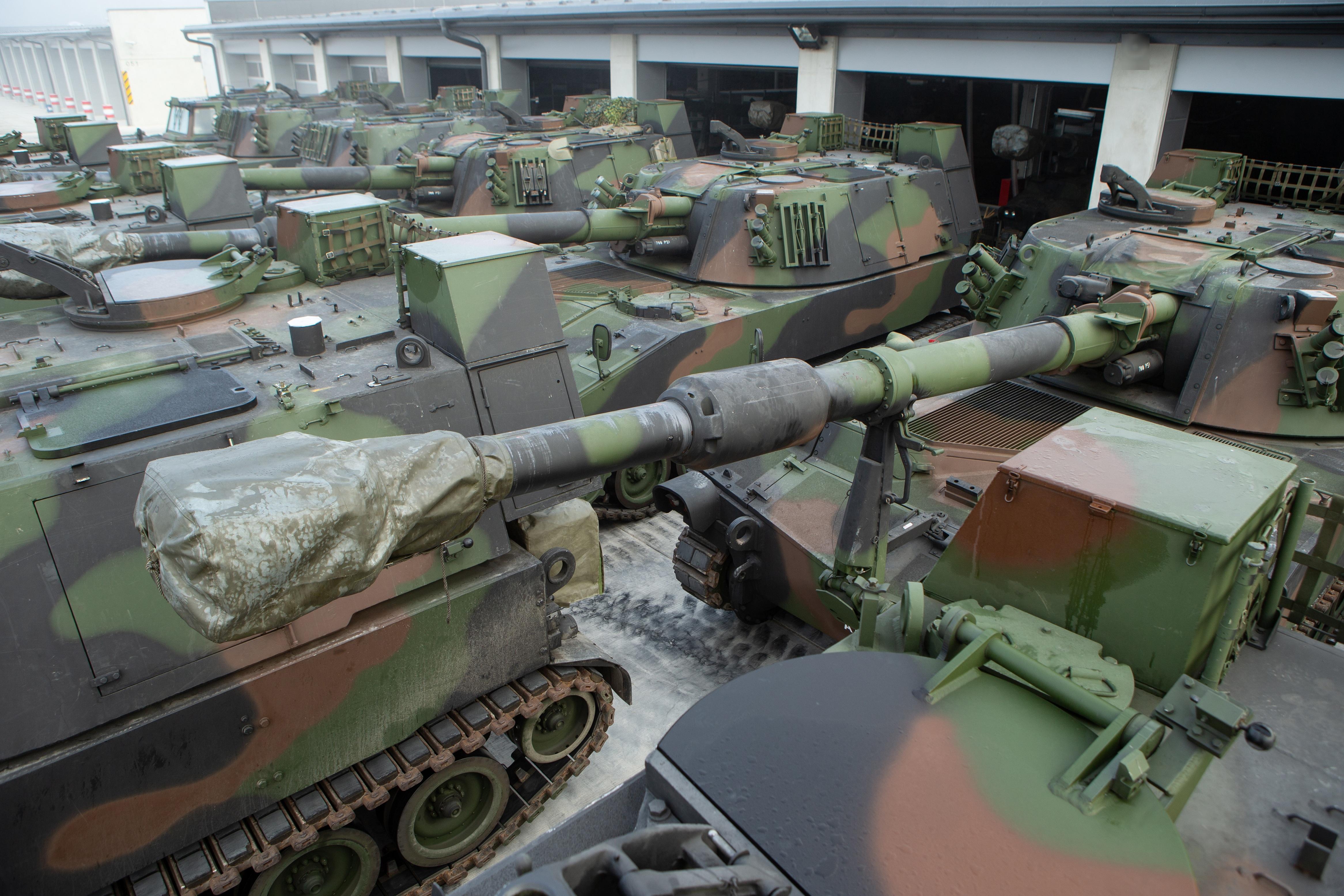 САУ M109A5Oe та спеціальні машини на їх базі латвійської армії