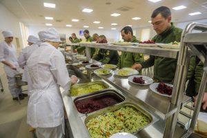 Рада врегулювала питання харчування військових у коронавірус