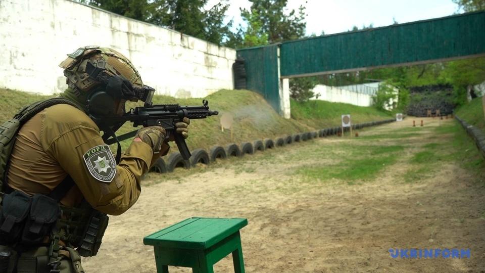 MP-5 під час випробувань у спецпризначенців КОРД