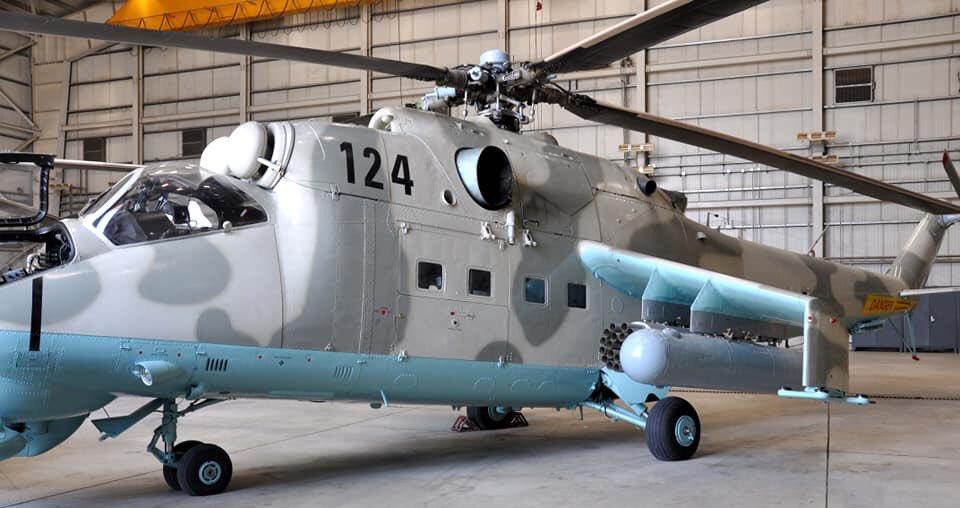 Один з переданих Мі-24 Афганістану