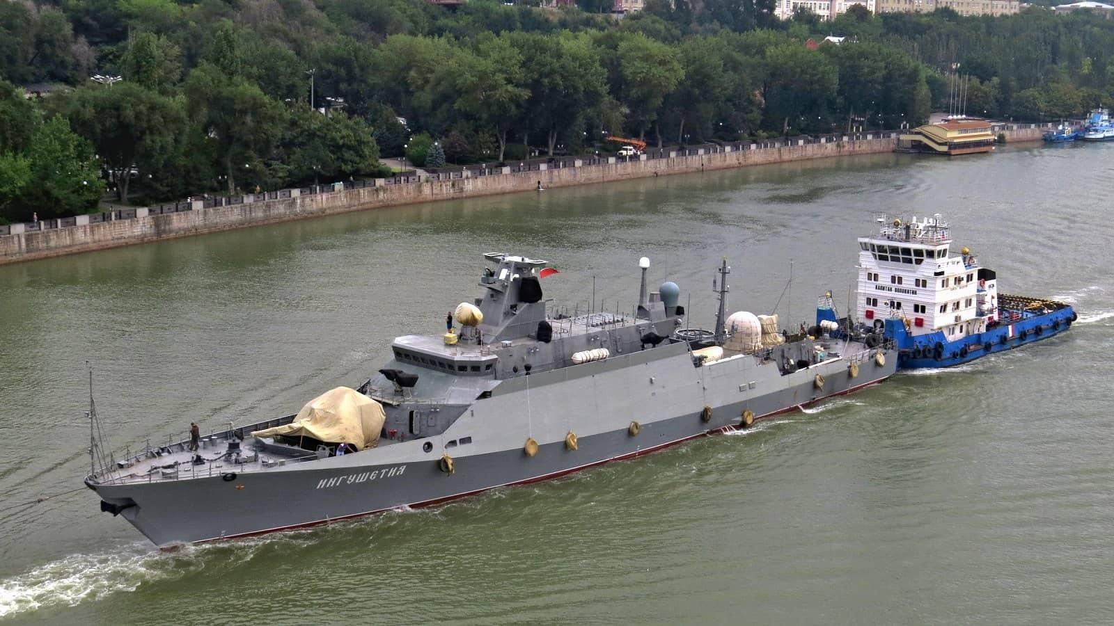 Росія перекидає до Чорного моря ракетний корабель