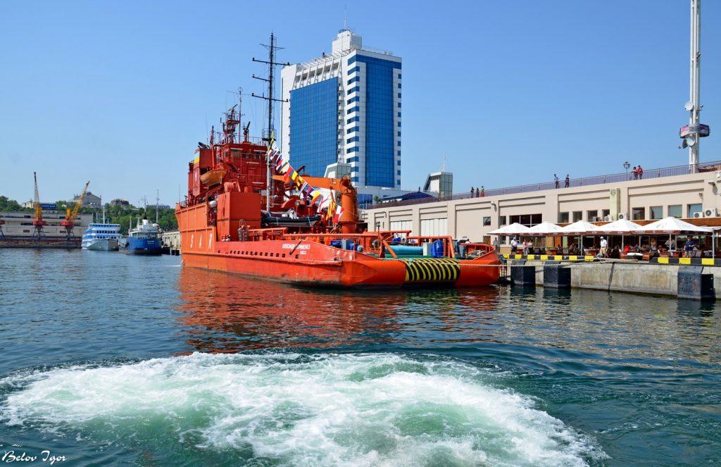 Пошуково-рятувальне судно «Олександр Охрименко» у 2012-у році