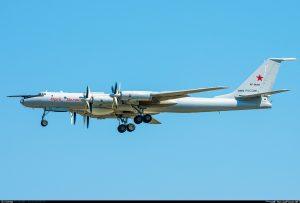 Літаки Росії літали вздовж узбережжя США та Канади