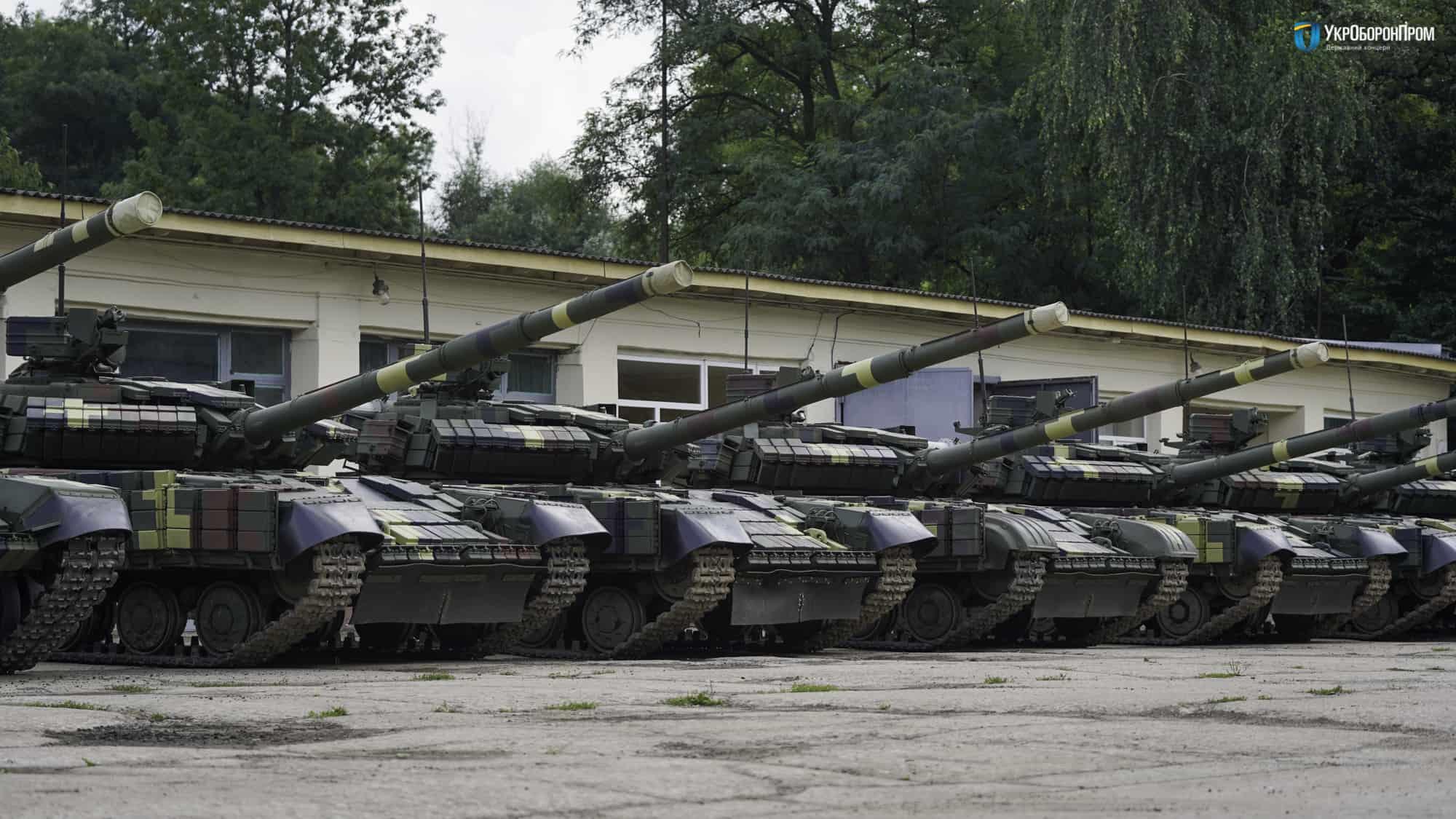 Т-64БВ відновлені та модернізовані на Львівському бронетанковому заводі
