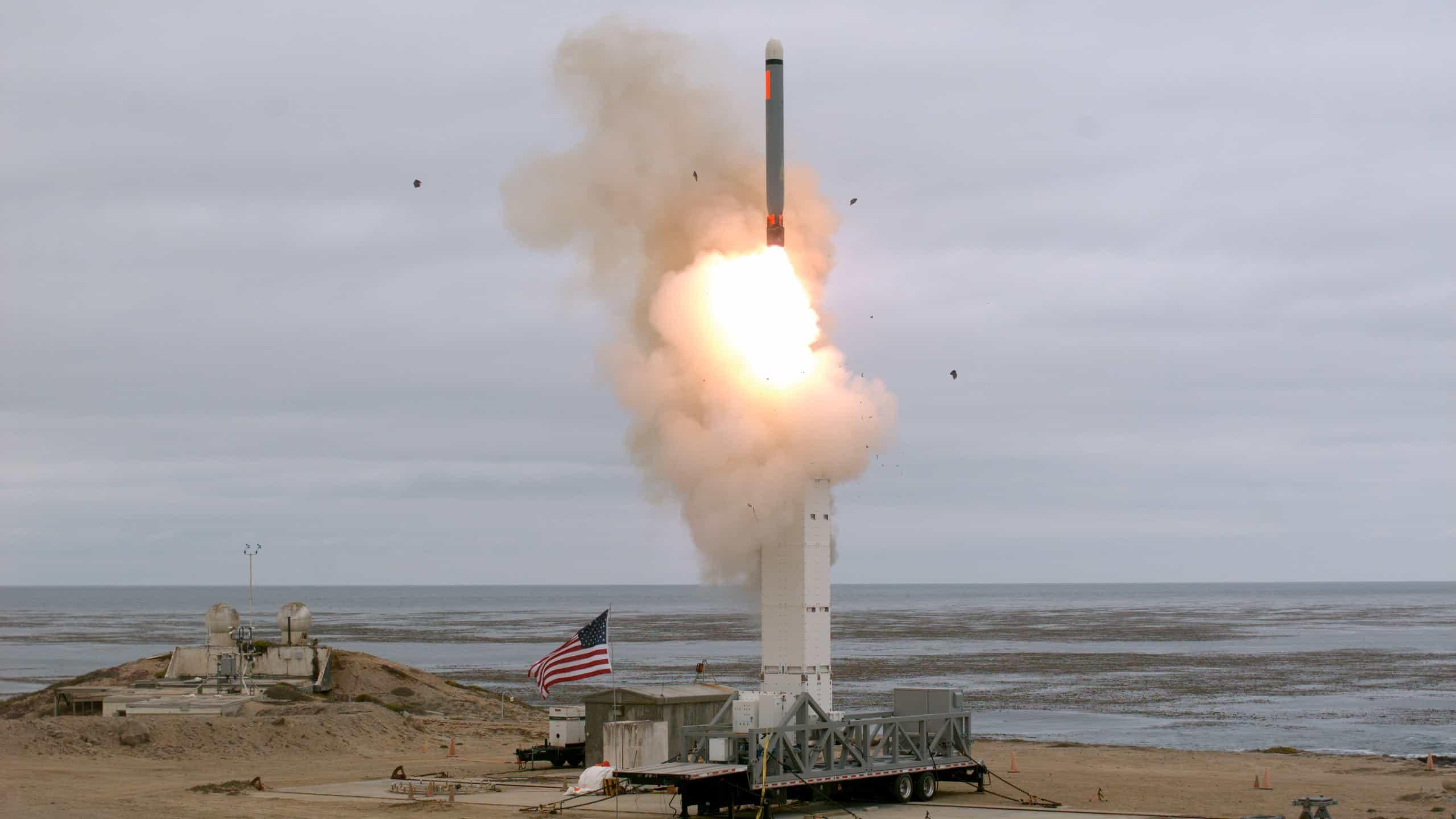 Випробування нової крилатої ракети США