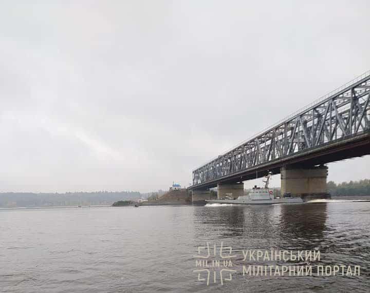 7-й МБАК під час переходу мосту у Черкасах