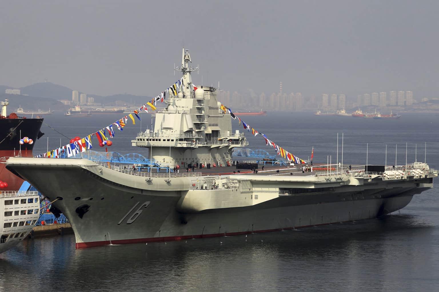 Авіаносець Liaoning (16)