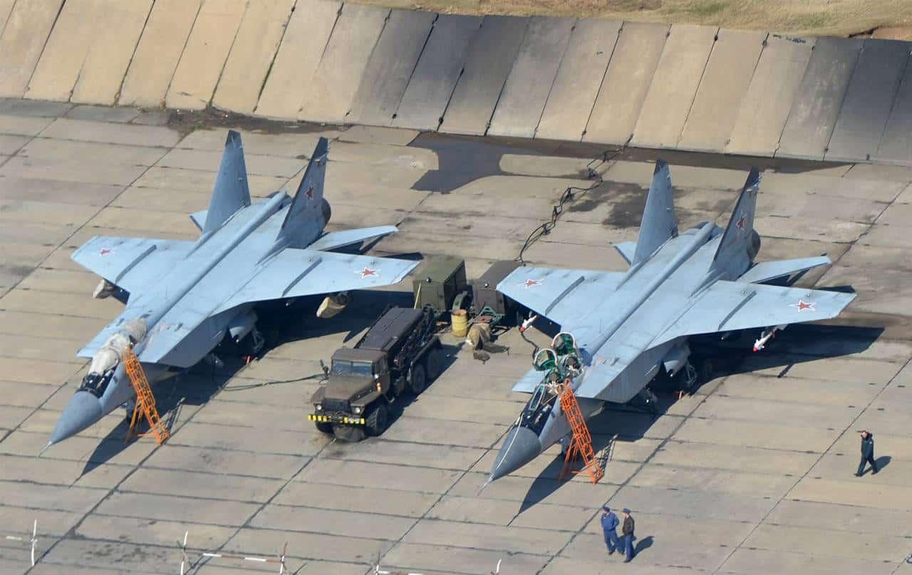 В Росії у повітрі загорівся МіГ-31