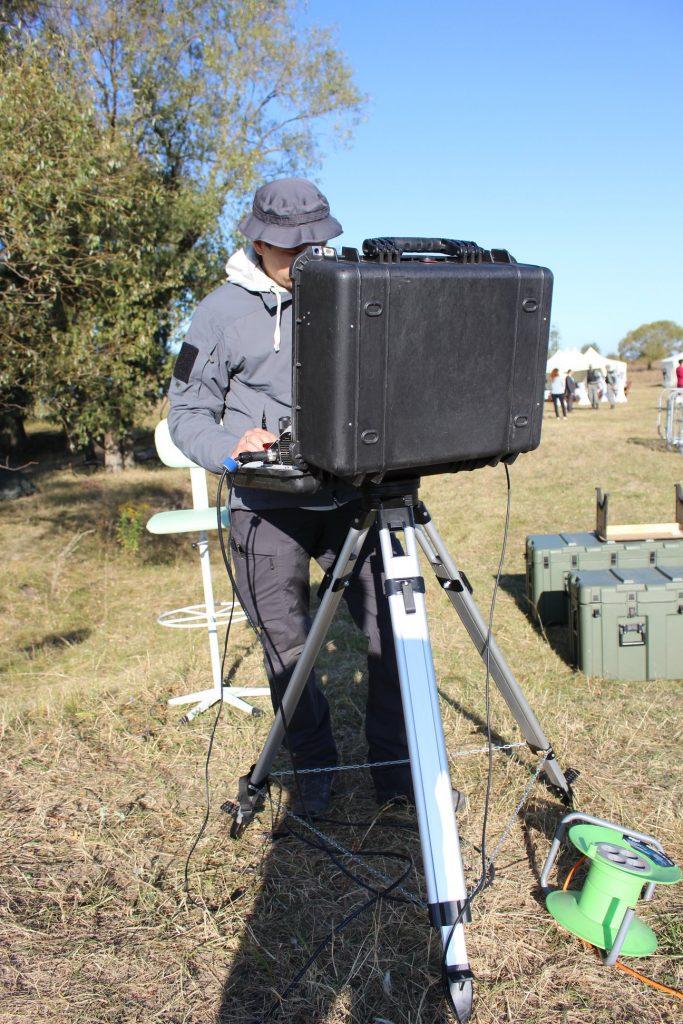Оператор БПЛА Raybird-3 під час встановлення рекорду