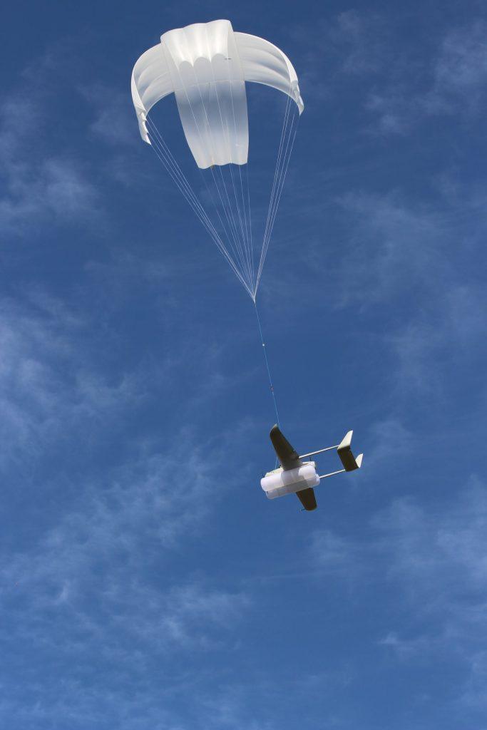 Посадка Raybird-3 парашутним способом