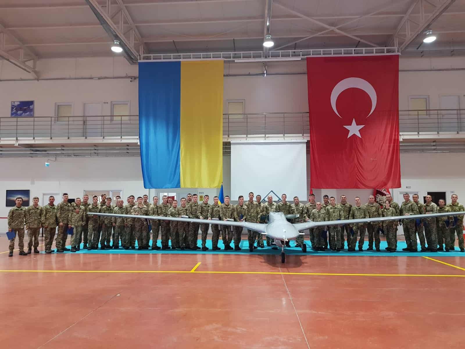 Завершилась підготовка операторів Bayraktar TB2