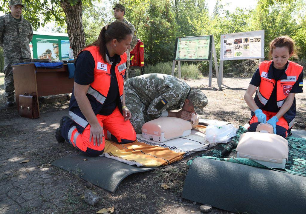 Заняття з тактичної медицини з офіцерами 109-ї бригади ТрО