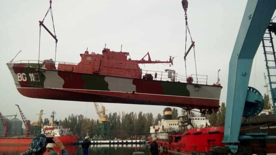 """Спуск на воду патрульного катеру """"Арабат"""" (BG 118) Морської охорони після докування"""