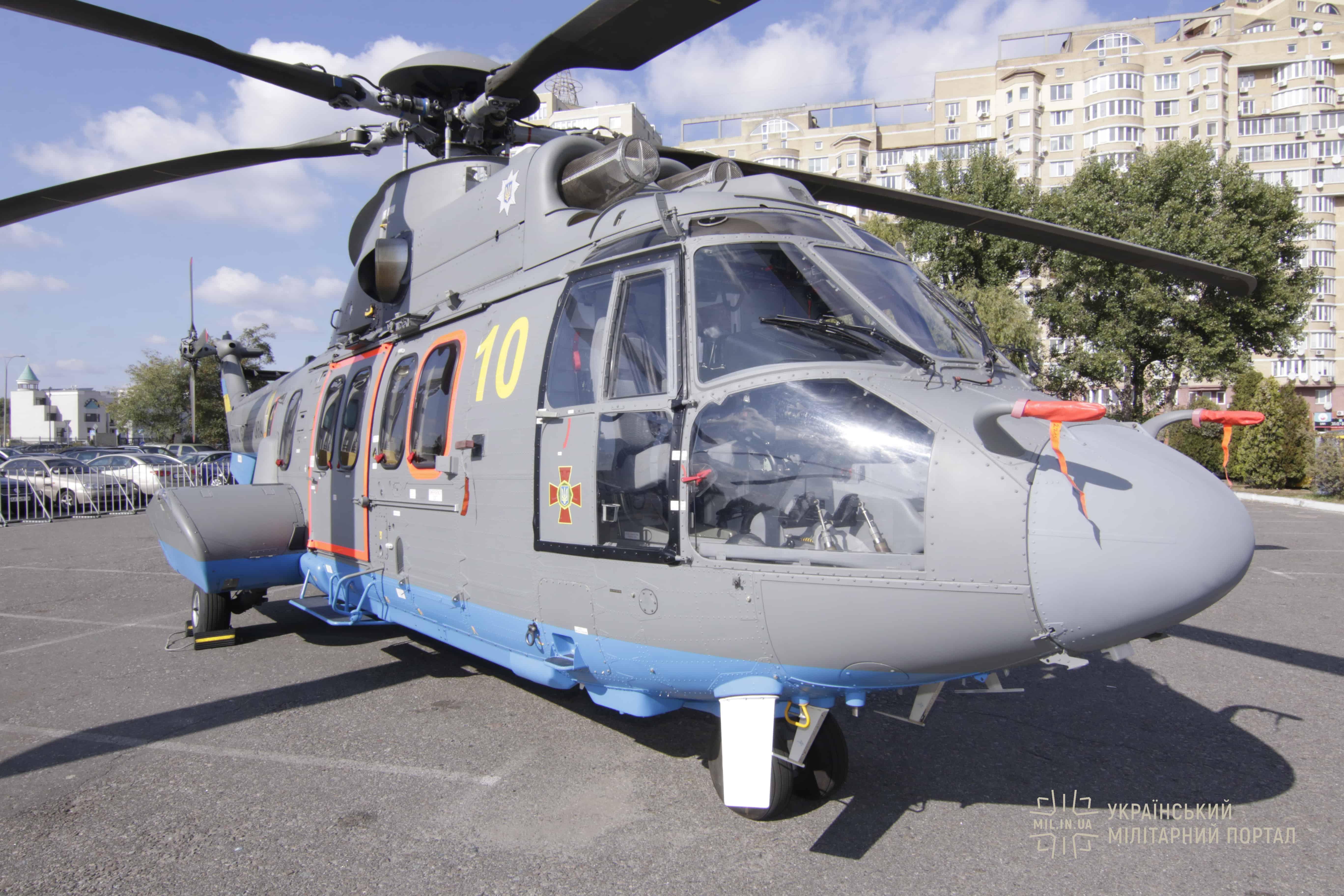 """На """"Зброя та безпека-2019"""" демонструють натурні зразки вертольотів"""