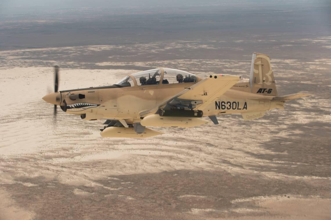 Легкий штурмовик Textron Aviation AT-6