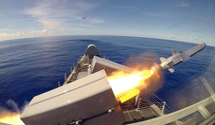 USS Gabrielle Giffords (LCS 10) здійснив пуски протикорабельних ракет NSM