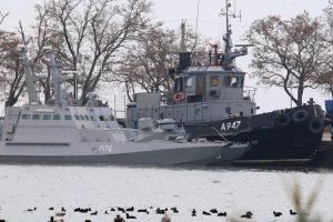 Керченська криза: повернення українських кораблів