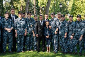 Звільненим з полону морякам купили квартири в Одесі