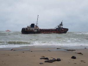 Водолазна школа взяла участь в порятунку екіпажа танкера Delfi