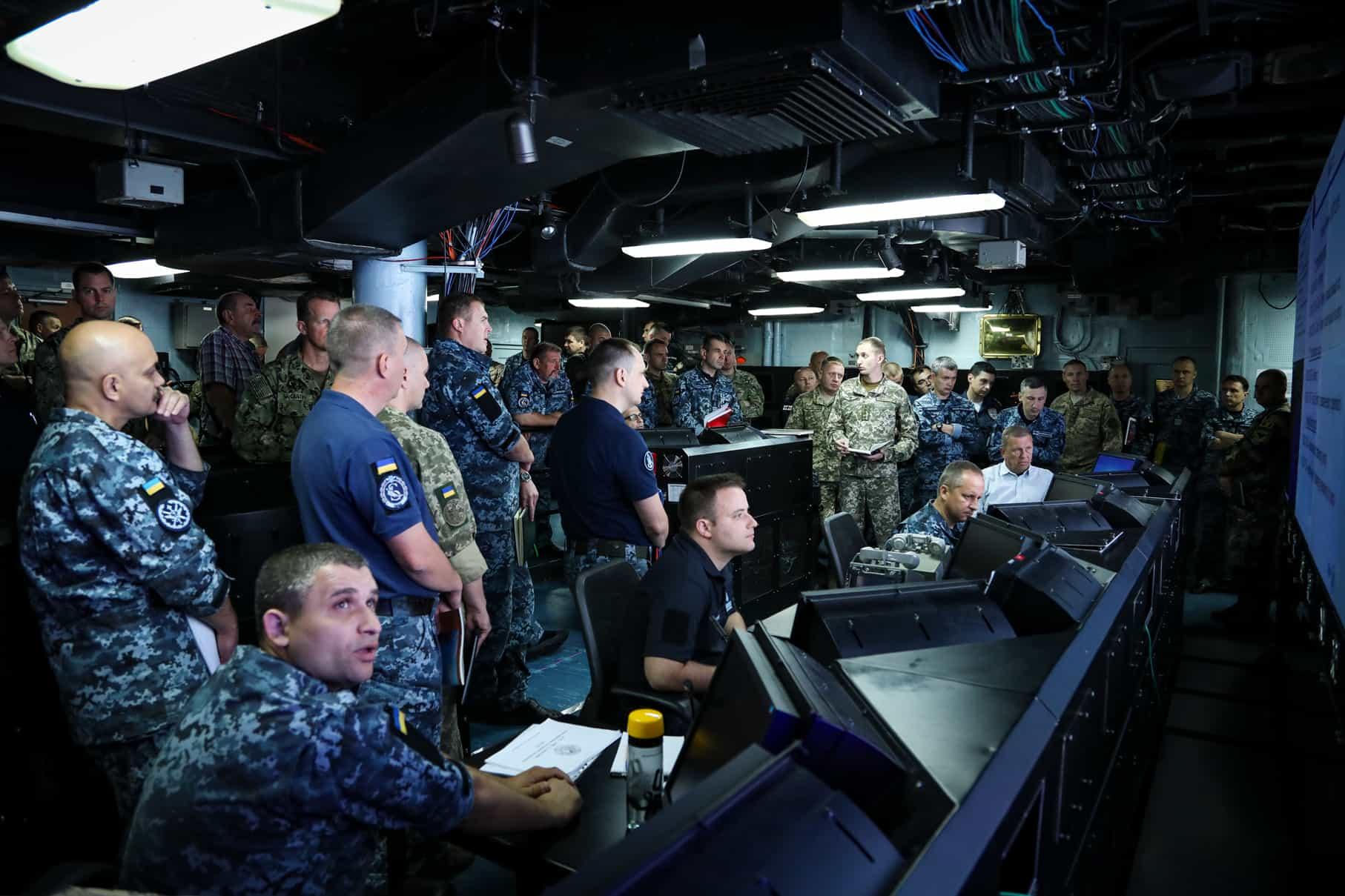 Багатонаціональний морський штаб навчаннями Sea Breeze 2018 управляє силами з моря