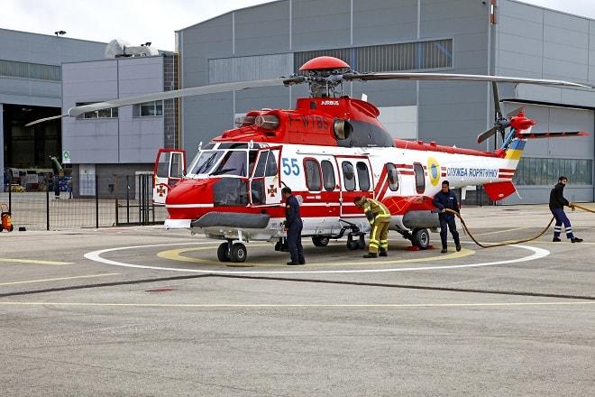 Підготовка до випробувального польоту гелікоптеру H225 з бортовим номером 55