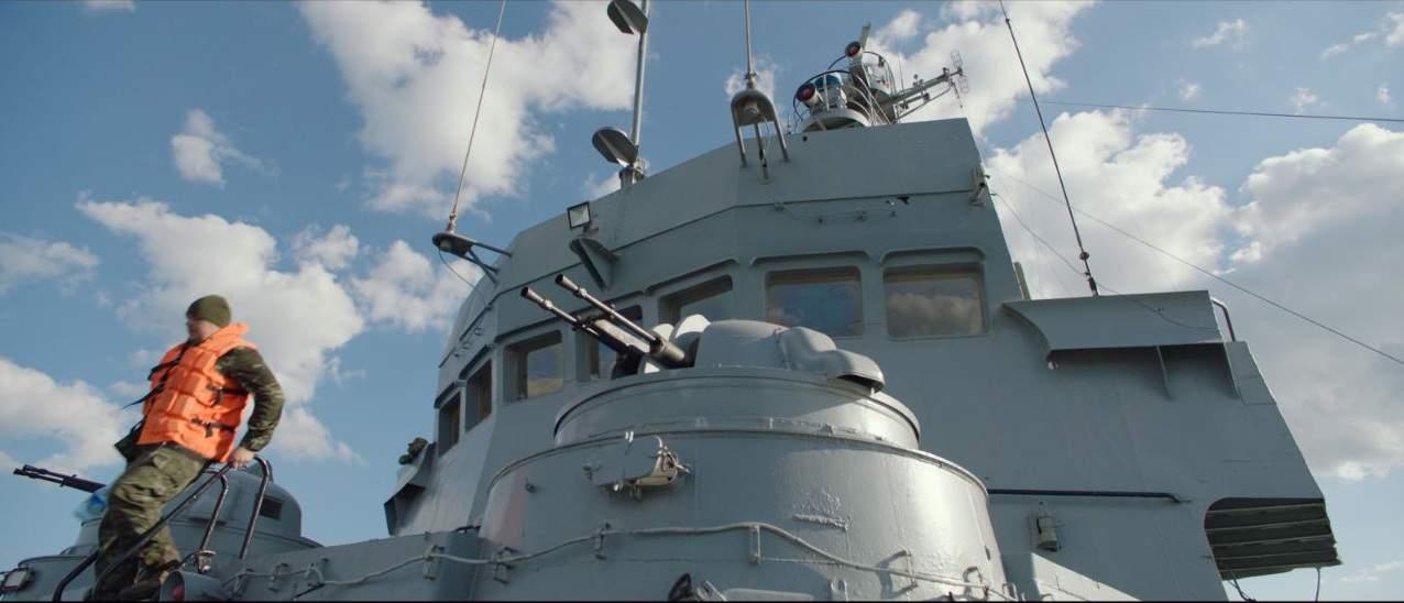 """Спарена кулеметна установка Утьос-М на морському буксирі """"Корець"""" (A830)"""