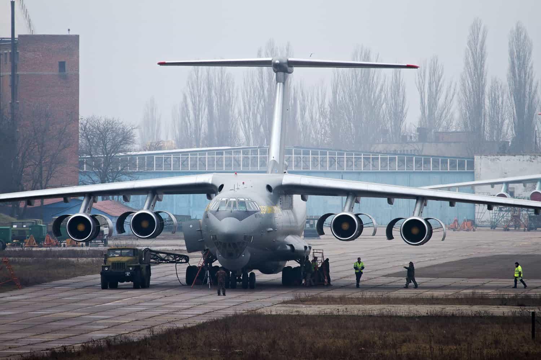 Технически обновленный самолет Ил-76