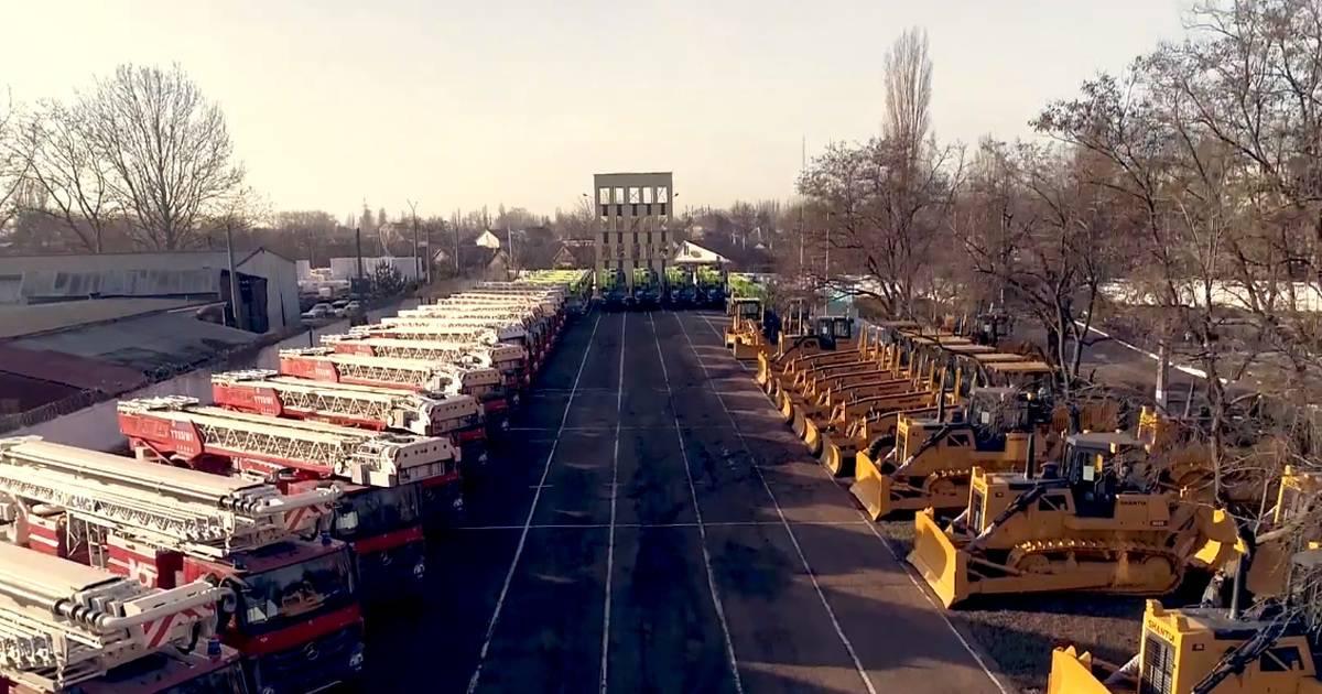 Китай передав спецтехніку для ДСНС України