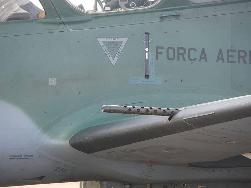 12,7-мм кулемети М3З на літаку A-29 Super Tucano (EMP 314)