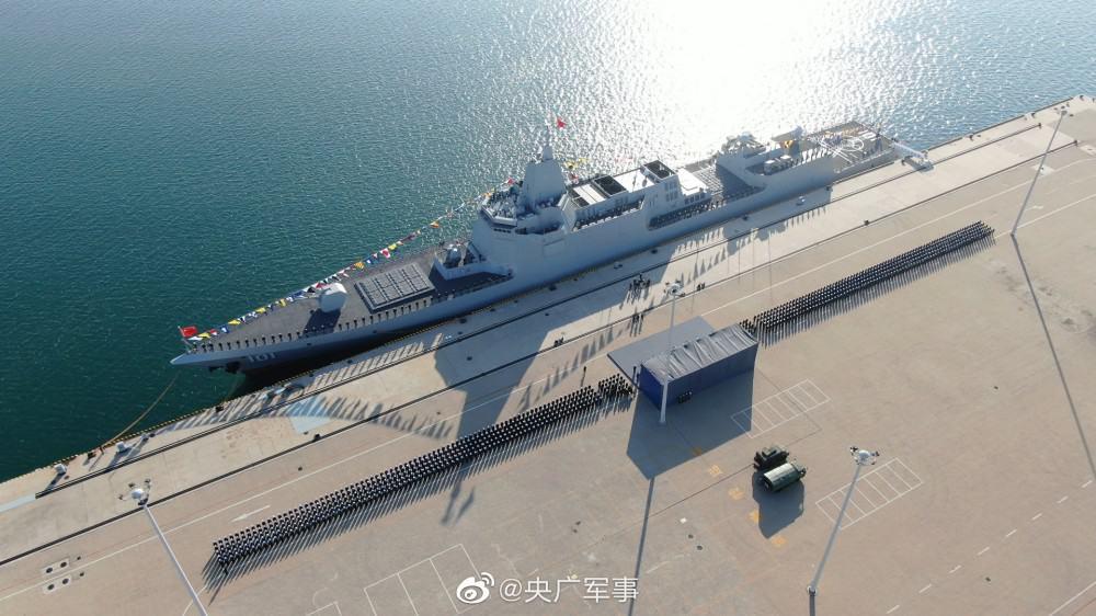 Есмінець Nanchang (101) ВМС Китаю проекту 055 Фото: ВМС Китаю