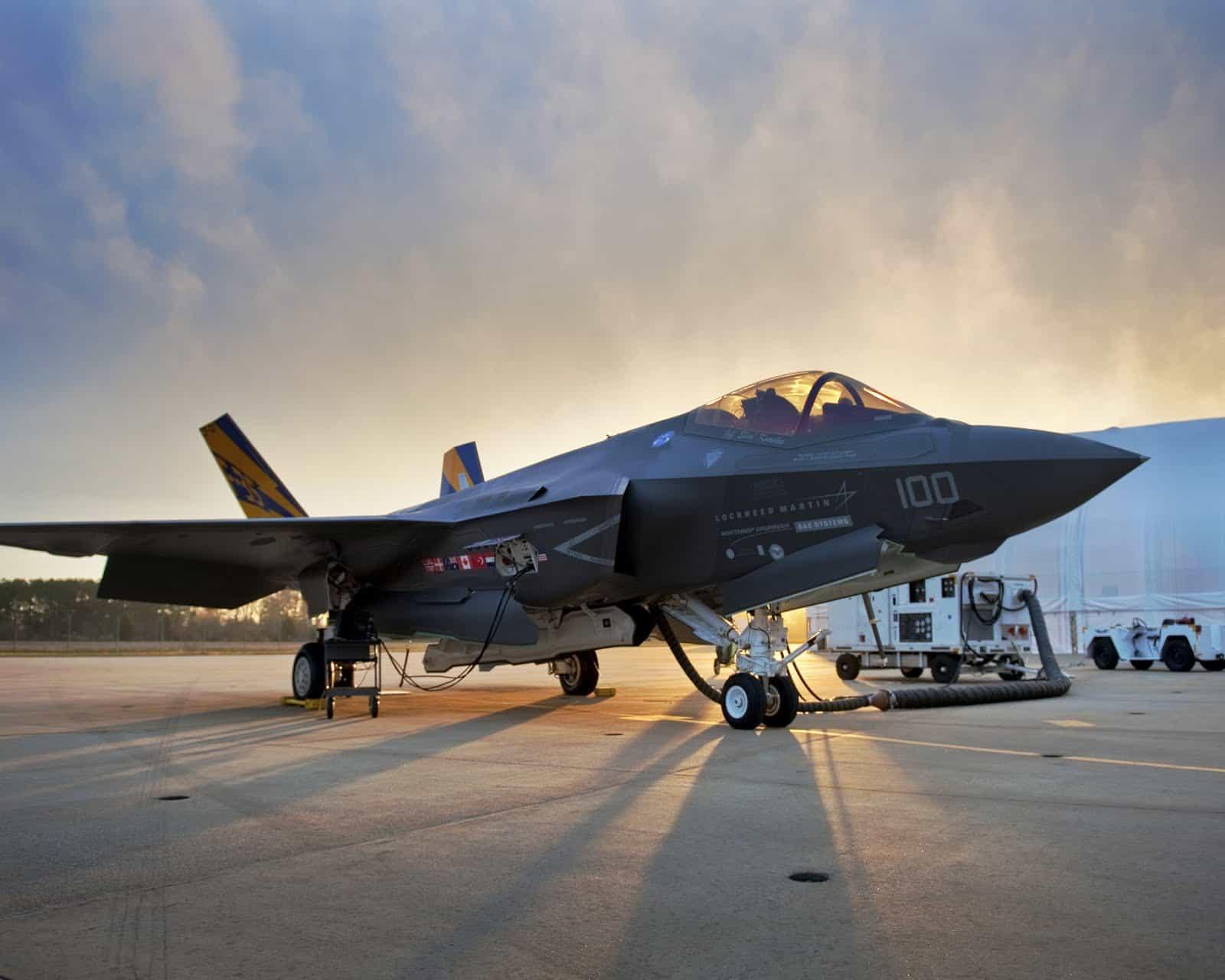 Багатоцільовий літак F-35
