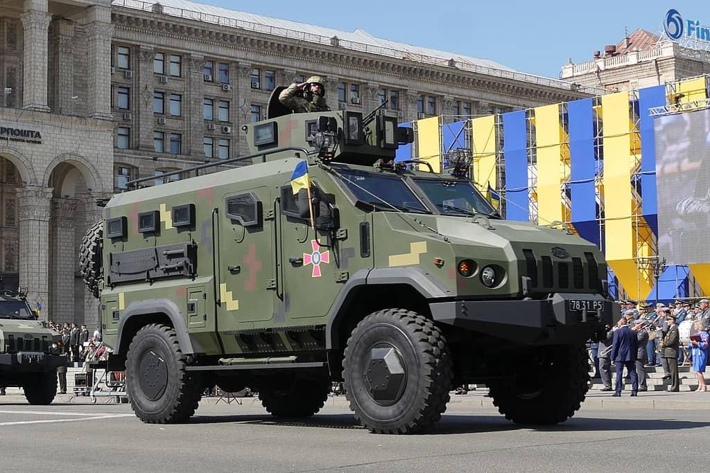 Бронеавтомобіль «Варта» на військовому Параді з нагоди святкування Дня Незалежності 2018 року