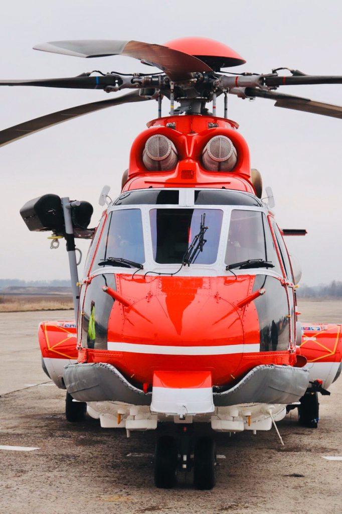 """Лебідка на гелікоптері H225 ДСНС з бортовим номером """"55"""""""