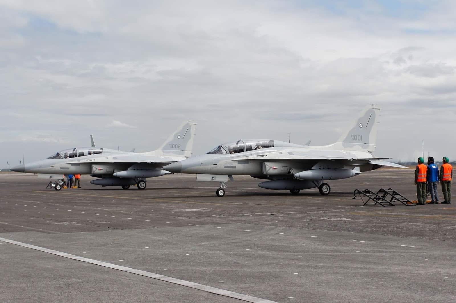 Літаки Філіппінських ПС на стоянці