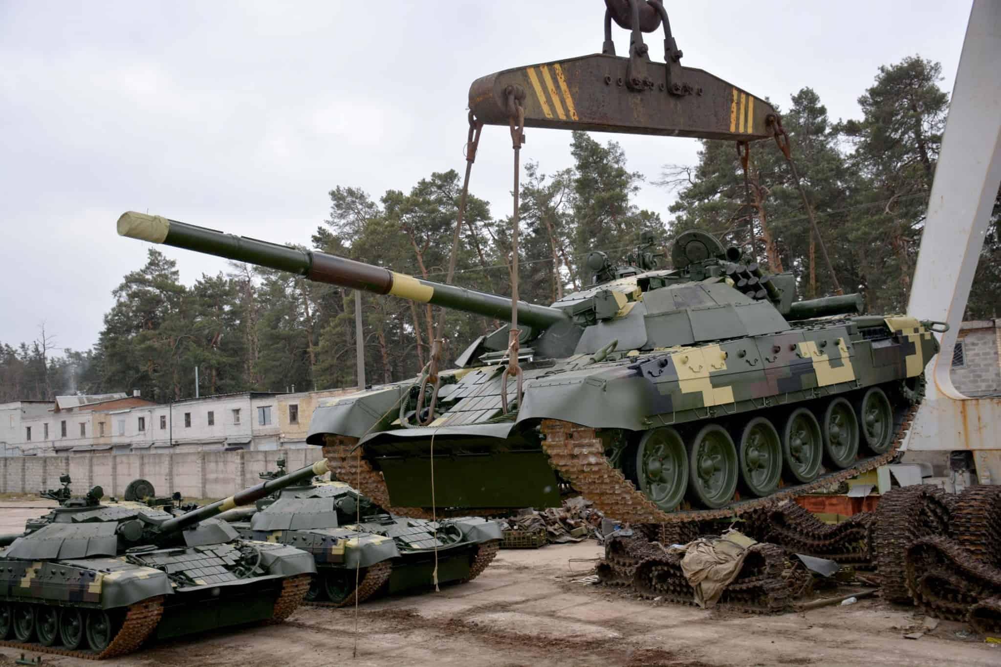 Модернізовані Т-72 на Київському бронетанковому заводі