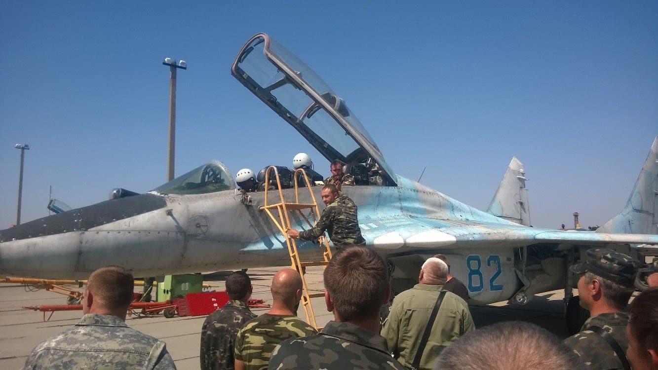 Перші польоти МіГ-29УБ з бортовим номером 82 в 2014 у Кульбакіно після виведення з Криму