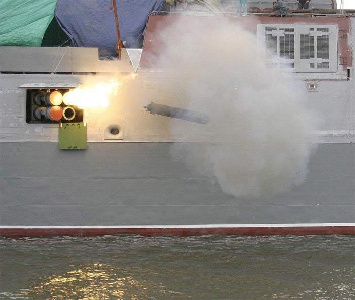 Запуск ракети Пакет-НК
