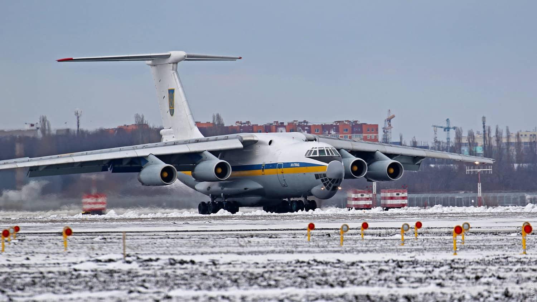 Іл-76МД в аеропорту Одеси