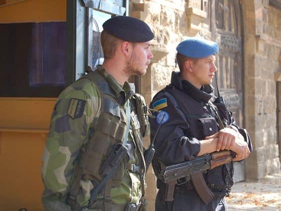 Український та шведський миротворці в місії KFOR