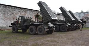 Танкова бригада приводить техніку до бойової готовності