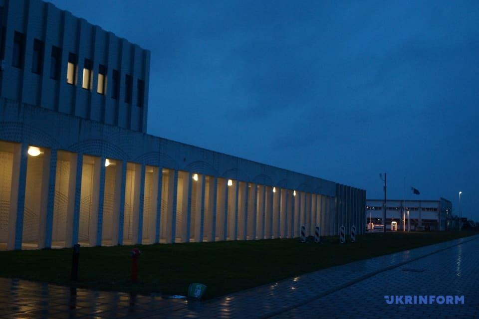 Підготовка до процесу МН17: у Нідерландах побудували пресцентр/ Фото: Ірина Драбок