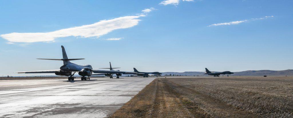 Бомбардувальник B-1 Lancer. Фото: з бази ВПС США Еллсворт. Березень 2020 року