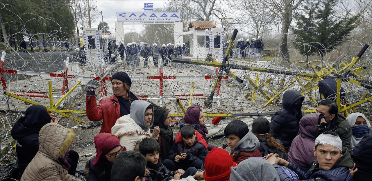 Біженці з Сирії намагаються прорватися через турецько-грецький кордон