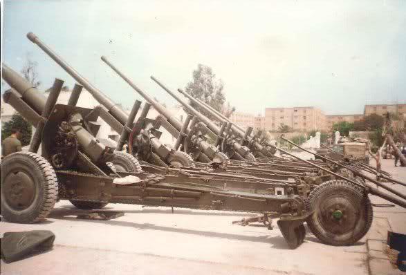 Буксовані гармати А-19 на озброєнні іспанської армії